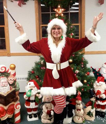 Magic Lady Jania Taylor Christmas Carol Themed Show